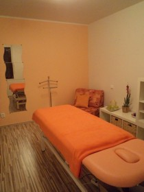 úžasný masážní salon blondýnka